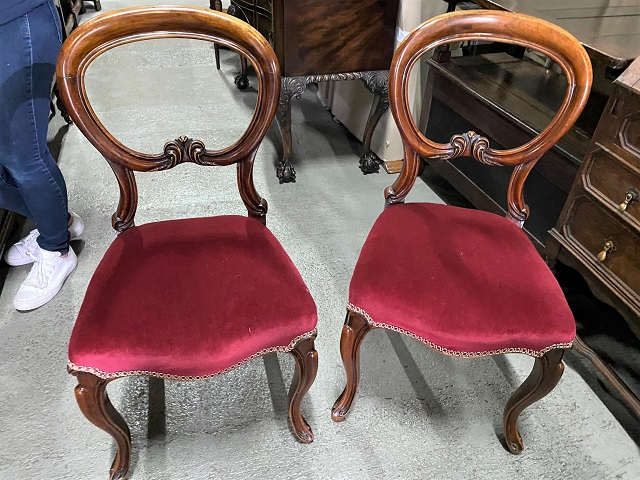 Pair of Chair/20100401046