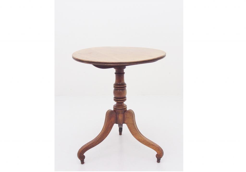 ティルトトップテーブル / 18050202013