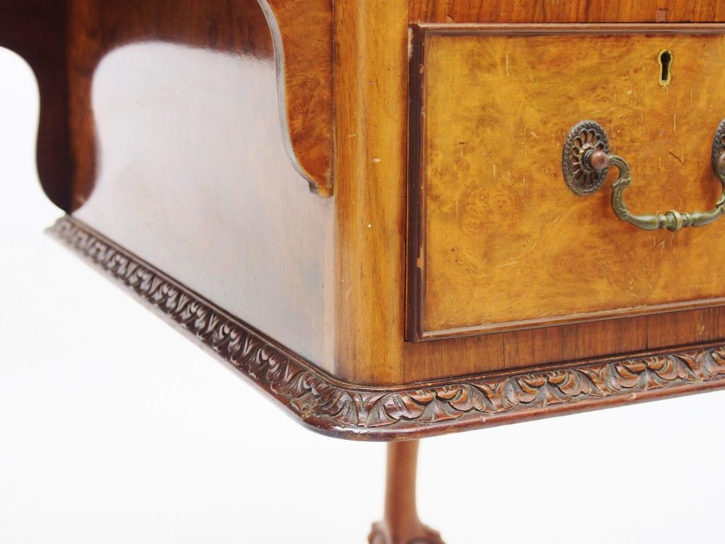 アンティーク家具 アンティークデスク デスク ウォールナット ウォルナット 机 書斎机 猫脚 イギリスアンティーク