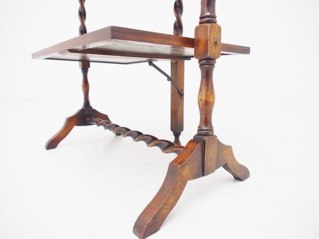 アンティーク家具 イギリスアンティーク ケーキスタンド 折りたたみテーブル スモールラック ディスプレイ什器 オーク ツイストレッグ