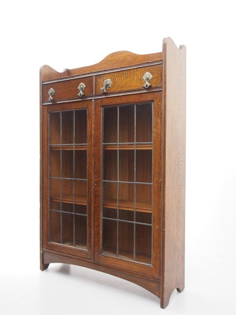 アンティーク家具 イギリスアンティーク ブックケース ステンドグラス 本棚 ディスプレイキャビネット