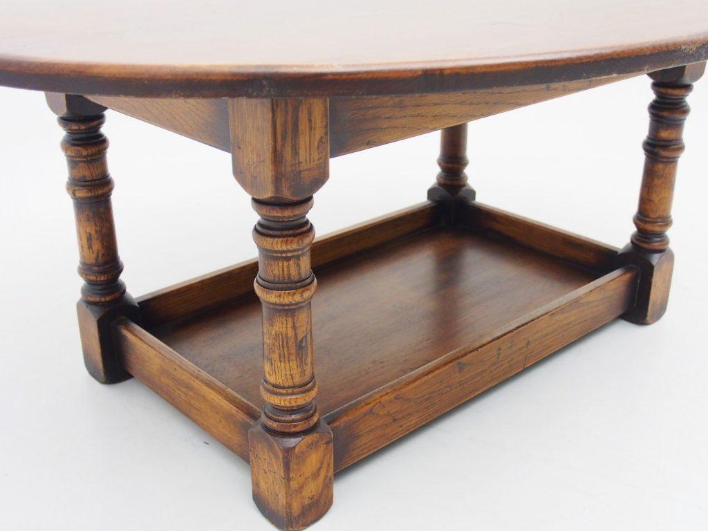 アンティーク家具 イギリスアンティーク コーヒーテーブル ソファテーブル ローテーブル オーバルコーヒーテーブル