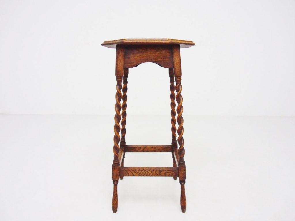 アンティーク家具 イギリスアンティーク サイドテーブル ランプテーブル 八角形 オーク