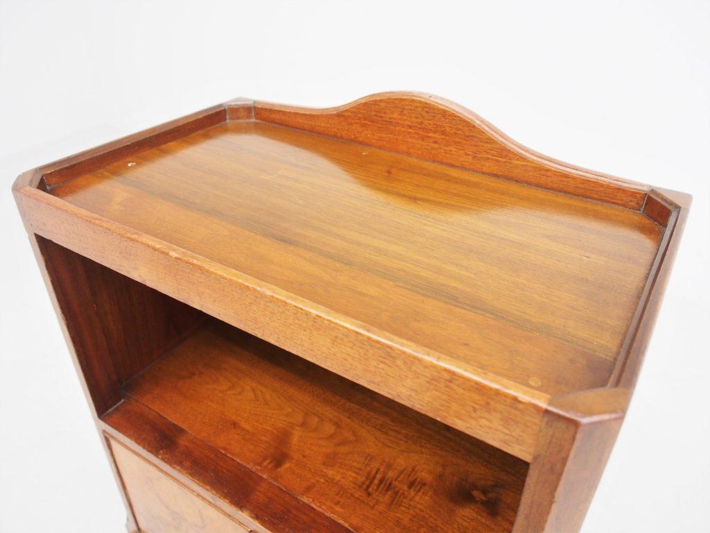 アンティーク家具 イギリスアンティーク ランプテーブル サイドテーブル ベッドサイドキャビネット サイドキャビネット 収納 テーブル