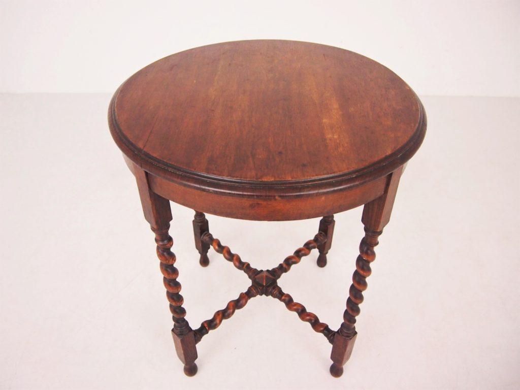 サイドテーブル オケ―ジョナルテーブル イギリスアンティーク アンティーク家具 オーク家具 sidetable oakfurniture antiquefurniture