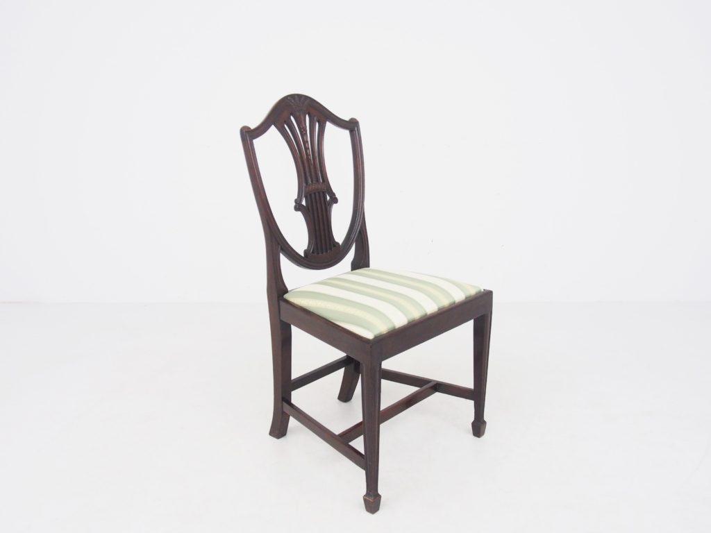 アンティーク家具 イギリスアンティーク hepplewhite shieldbackchair ヘップルホワイト シールドバックチェア アンティークチェア 英国アンティーク 椅子 英国家具 西洋家具 西洋アンティーク イギリスチェア サロンチェア