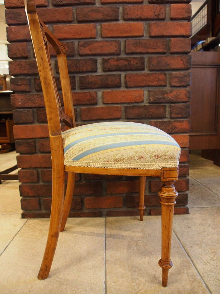 アンティーク家具 アンティーク チェア イス 椅子 ヴィクトリアンチェア ウォルナット ツインアンティークス