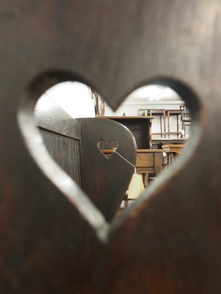 アーツアンドクラフツセトル オークベンチ セトル アンティーク家具 アンティーク家具大阪 アンティークファニチャー アンティークショップ ツインアンティークス TWIN ANTIQUES イギリスアンティーク家具 Art & CRafts