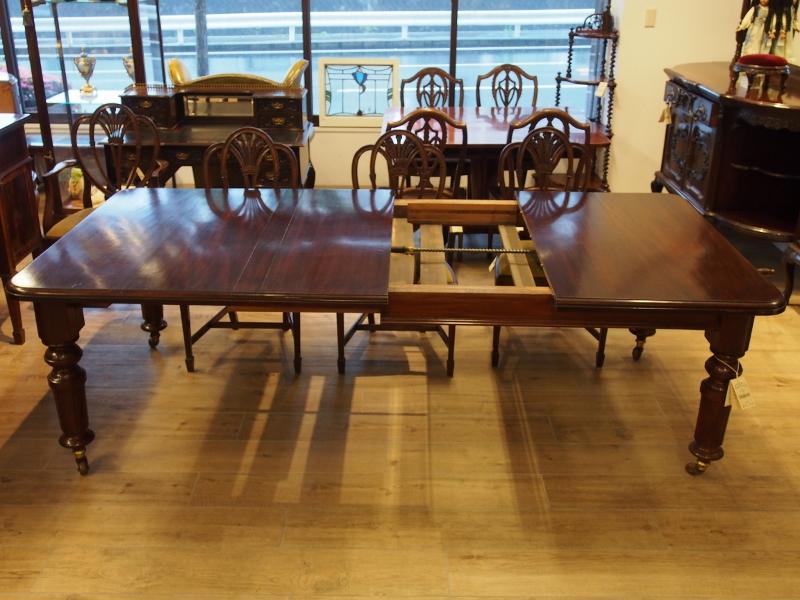 ダイニングテーブル テーブル マホガニー ウィンドアウトテーブル エクステンションテーブル アンティーク家具 イギリスアンティーク