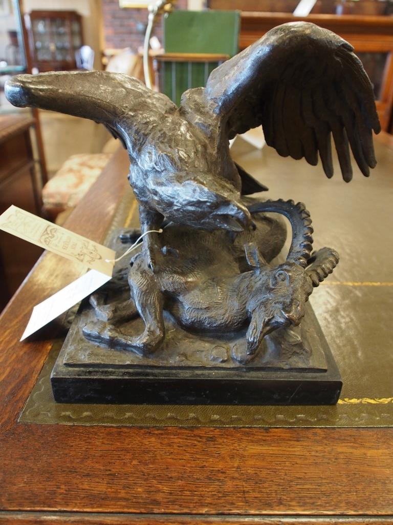 ブロンズ彫像 鷹/16051210044