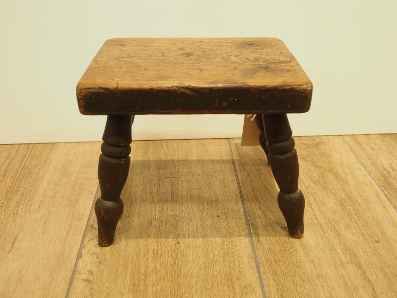 アンティーク家具 箕面 スツール イス 足置き 椅子 ヴィクトリアン カントリー ヴィンテージ家具 ビンテージ家具 イギリスアンティーク家具 イギリス 英国家具 イギリス家具