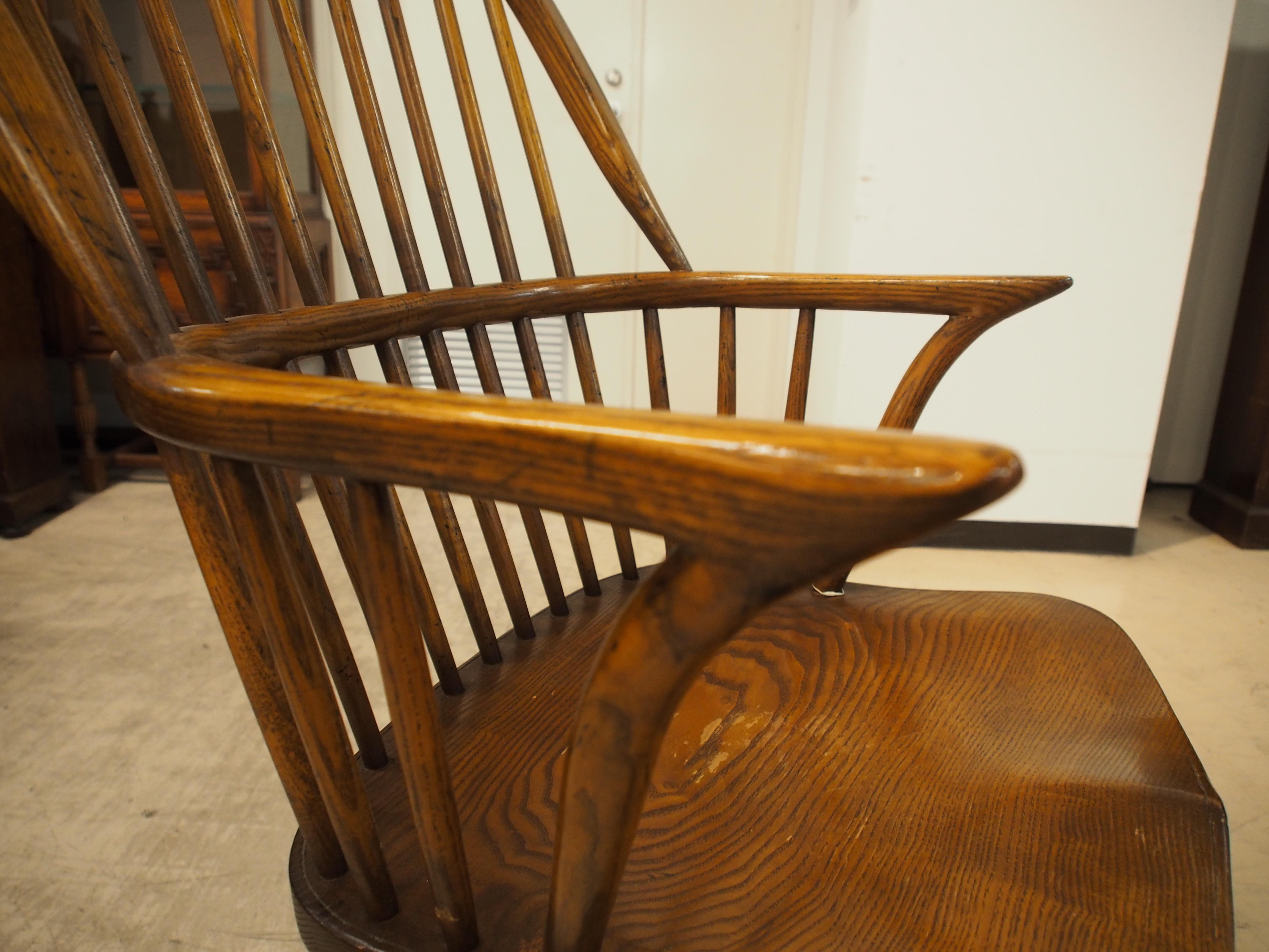 アンティーク 大阪 ウィンザーチェア ウィンザーアームチェア 曲げ木椅子 肘掛け付き椅子 一人掛け カントリー ウィンザー地方 カウホーン シャビー ヴィンテージ ビンテージ イギリスアンティーク家具 英国家具 イギリス ツインアンティークス