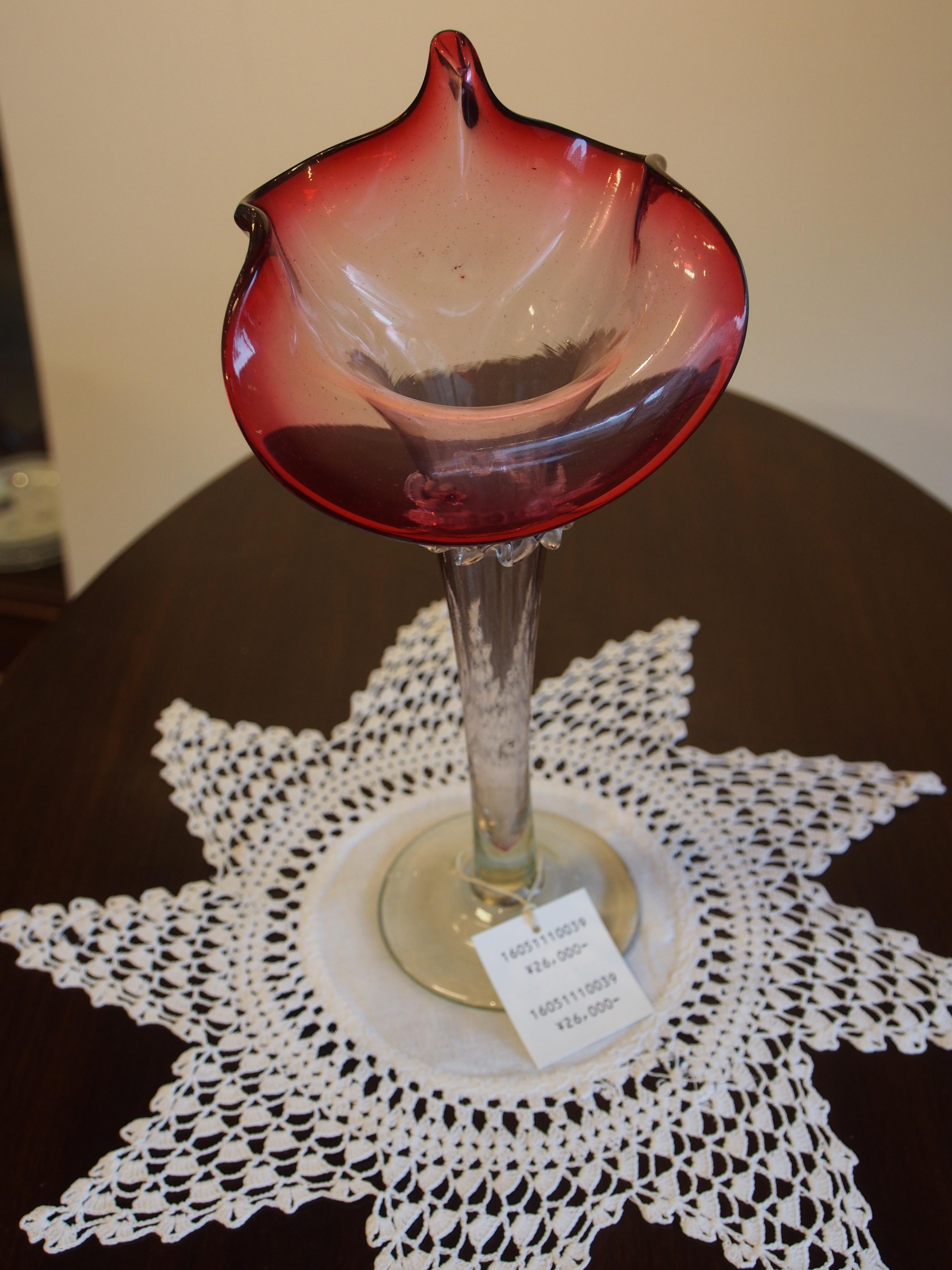 アンティーク 花瓶 フラワーベース クランベリーガラス ゴールドルビー コレクターアイテム イギリス ビンテージ アンティーク家具大阪 イギリスアンティークショップ ツインアンティークス TWIN ANTIQUES
