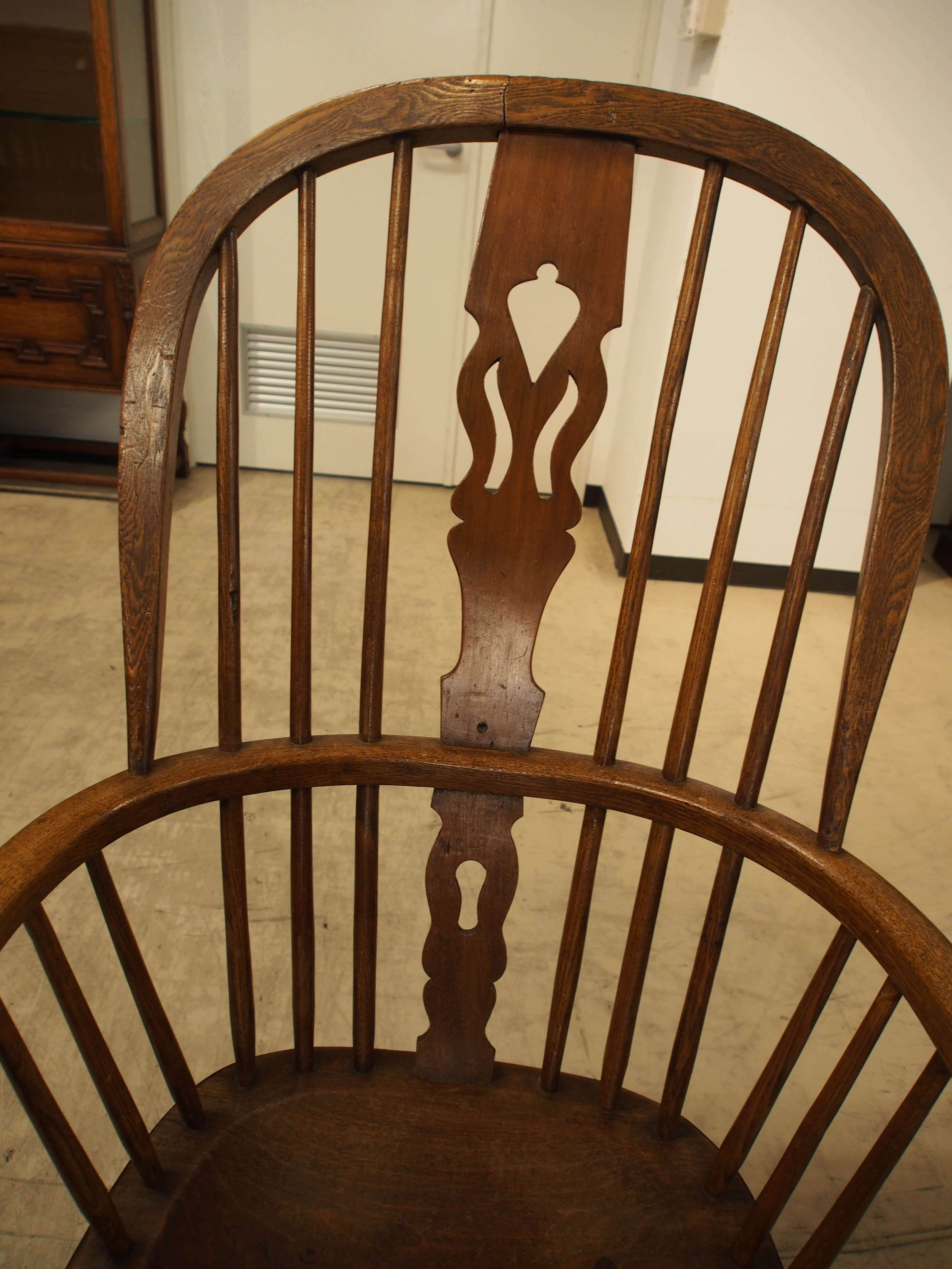 アンティーク ダブルボウバック ダブルボウバックウィンザーアームチェア ウィンザーチェア ウィンザーアームチェア  曲げ木椅子 肘掛け付き椅子 カントリーチェア ウィンザー地方 シャビー ヴィンテージ ビンテージ イギリスアンティーク家具 英国家具 ツインアンティークス TWIN ANTIQUES