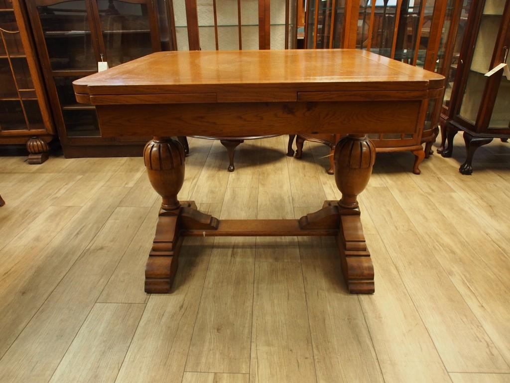 アンティーク家具 ダイニングテーブル 箕面 テーブル 伸縮式 ドローリーフテーブル カップアンドカバー 彫刻 カントリー ヴィンテージ ビンテージ家具 イギリスアンティーク家具 イギリス 英国家具 イギリス家具