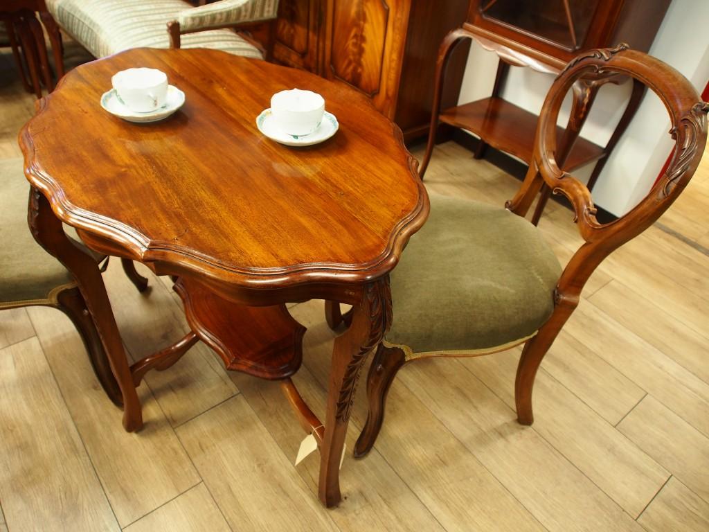 アンティーク家具 大阪 サイドテーブル ミニテーブル ティーテーブル コーヒーテーブル ソファテーブル 花台 ベッドサイドテーブル マホガニー ヴィンテージ家具 ビンテージ家具 イギリス イギリスアンティーク 英国家具 イギリス家具