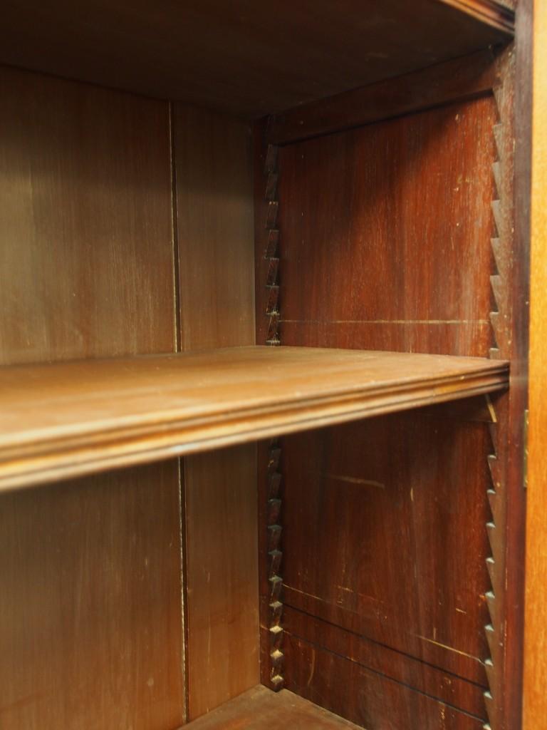 棚は可動式で細かく高さを調節できます。