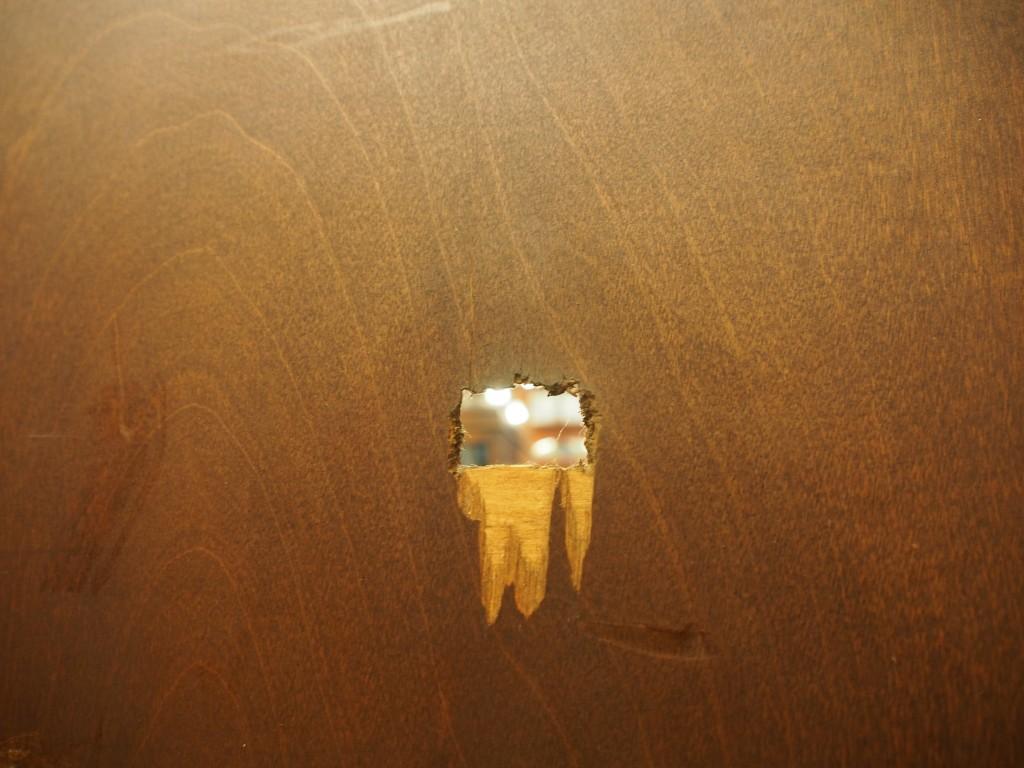 背面から見た穴の部分