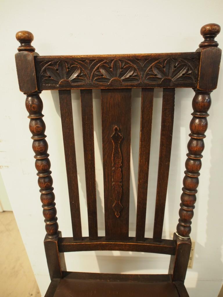 アンティーク家具 大阪 チェア ダイニンングチェア 椅子 イス ボビンレッグ 彫刻 カービング ヴィンテージ家具 ビンテージ家具 イギリスアンティーク イギリス 英国家具 イギリス家具