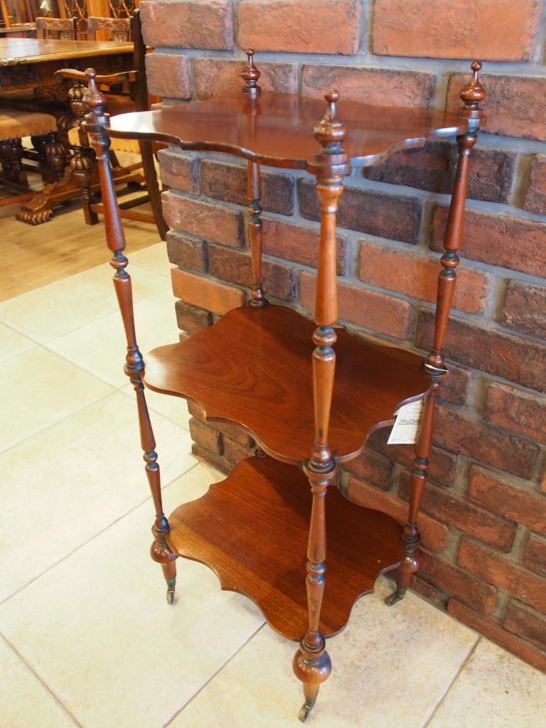 アンティーク家具 アンティーク 三段ラック サイドテーブル 玄関 ディスプレイ棚 ツインアンティークス