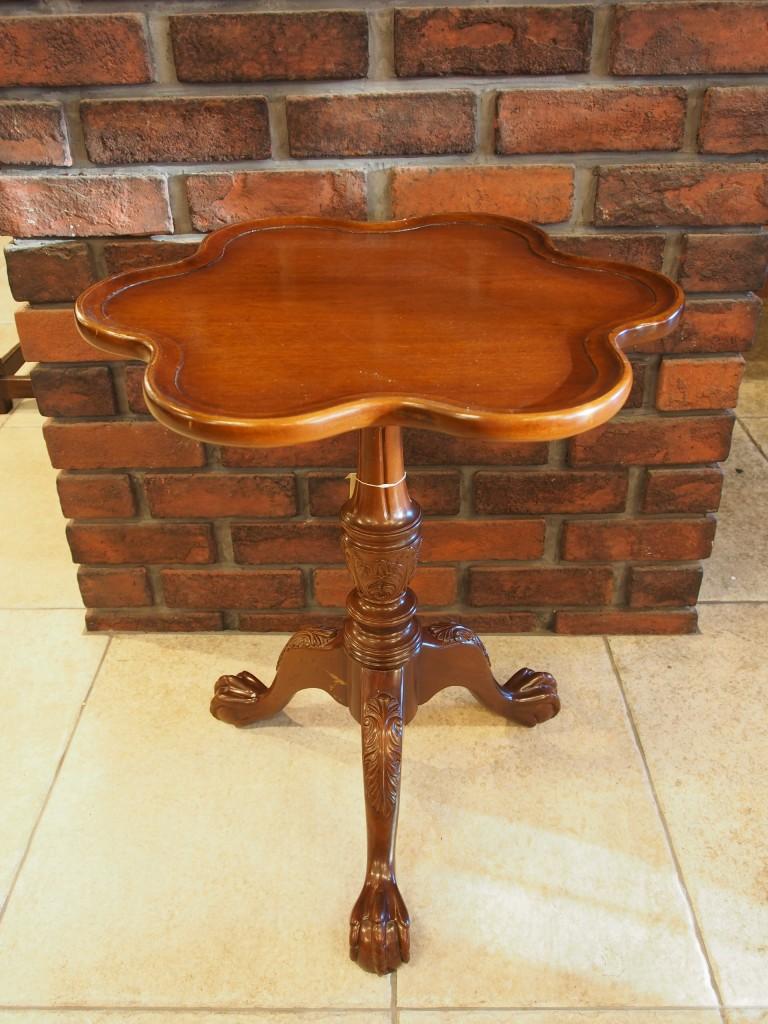 アンティーク家具 アンティーク ワインテーブル サイドテーブル ソファテーブル 花台 ツインアンティークス