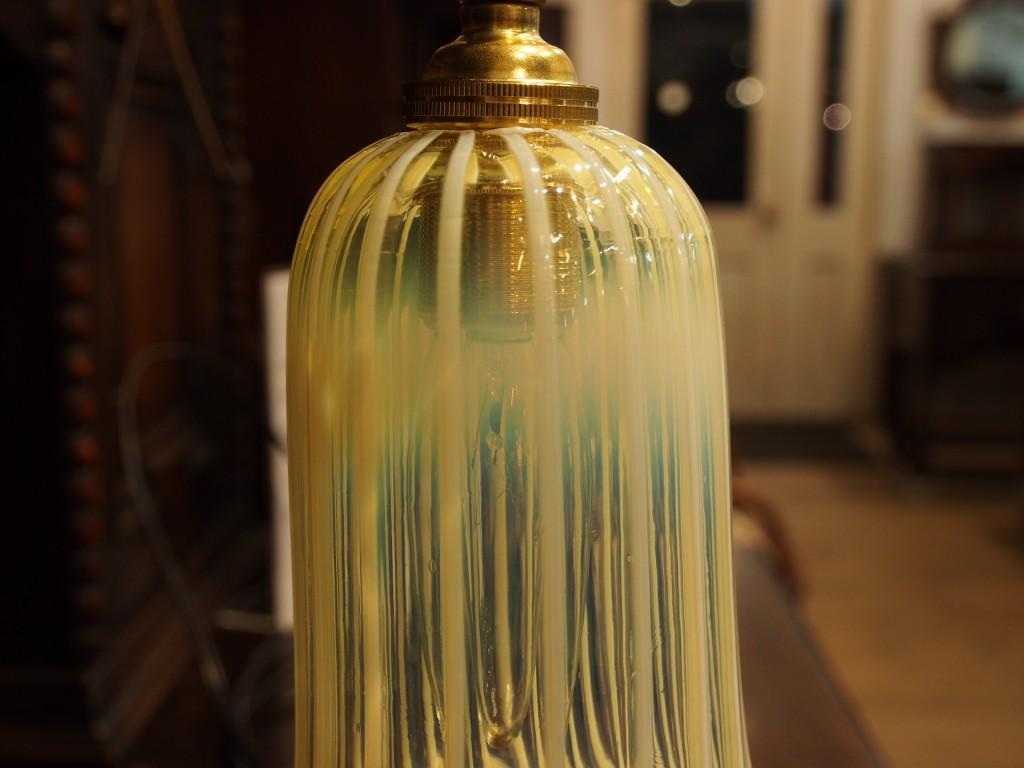 アンティーク家具 アンティーク アンティークシェード アンティークランプ ガラスシェード ウランガラス バセリンガラス ランプ アンティーク照明 スタンドランプ ツインアンティークス