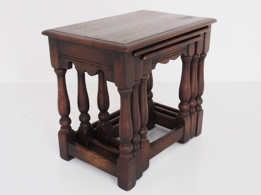 ネストテーブル / 16051106052