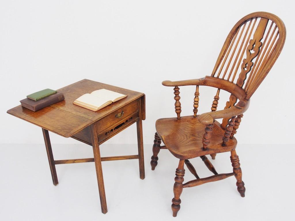 テーブルとの組み合わせ。 【Tea Table:18010306011】