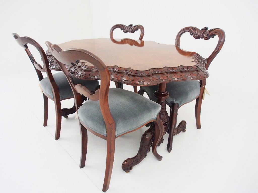 チェアとの組み合わせ例:Victorian Chair【15040101048】