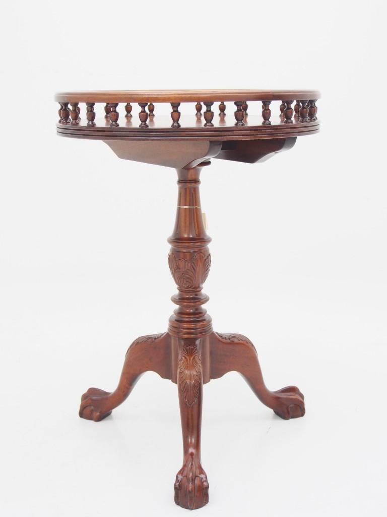 アンティーク家具 アンティーク ワインテーブル サイドテーブル 三本脚 トライポッド マホガニー ツインアンティークス