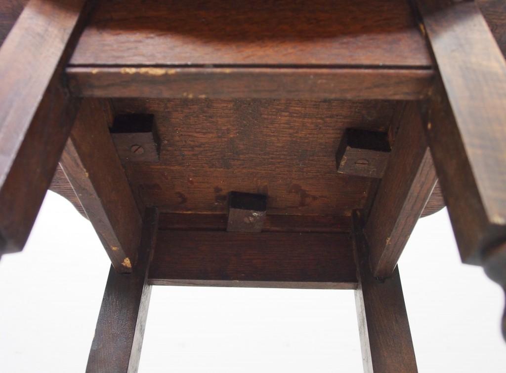 アンティーク家具 アンティーク オケージョナルテーブル サイドテーブル テーブル ミニテーブル ツイストレッグ 電話台 ランプ台 玄関 ツインアンティークス